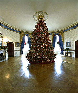 2002_blue_room_christmas_tree